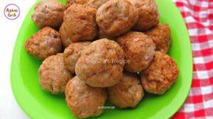 চিকেন কোফতা কারী __ Chicken Kofta curry __ Chicken Koftay With Gravy __ Chicken Meatballs fry